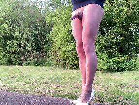 Alfresco pantyhose legs and jumper.